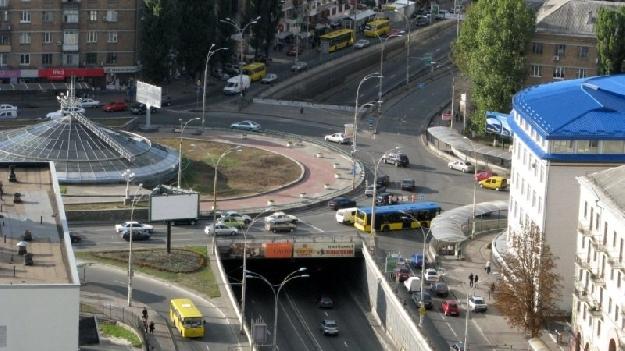 Севастопольская площадь (фото 1)