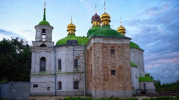 Церковь Спаса на Берестове (фото 1)