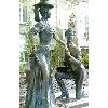 Памятник Проне Прокоповне и Свириду Голохвастову на Андреевском спуске.JPG