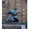 Памятник князю Ярославу Мудрому с макетом Софийского собора.JPG