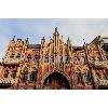 Неоготический розовый замок барона Гильдебрандта
