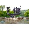 Памятник основателям Киева разрушается